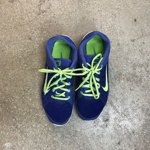 Nike Blue/Neon Green Running Shoes